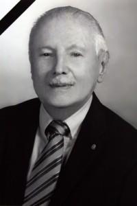 Dr. Leo Adams